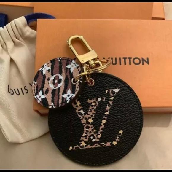Louis Vuitton Handbags - Louis Vuitton jungle line bag Charm NWT